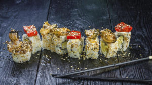 Фирменный ролл осьминог, доставка суши, осьминог