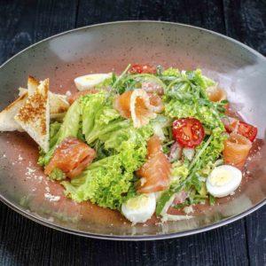 осьминог доставка, Осьминог ресторан, киев, салат с лососем