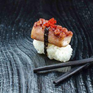 Суши с осьминогом, доставка суши осьминог, Осьминог киев