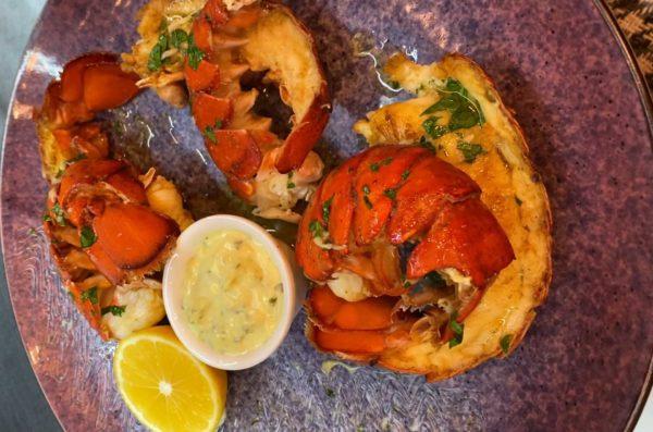 Лобстер хвост гриль, роллы с креветкой, вкусные суши с креветкой,Осьминог суши и деликатесы, киев